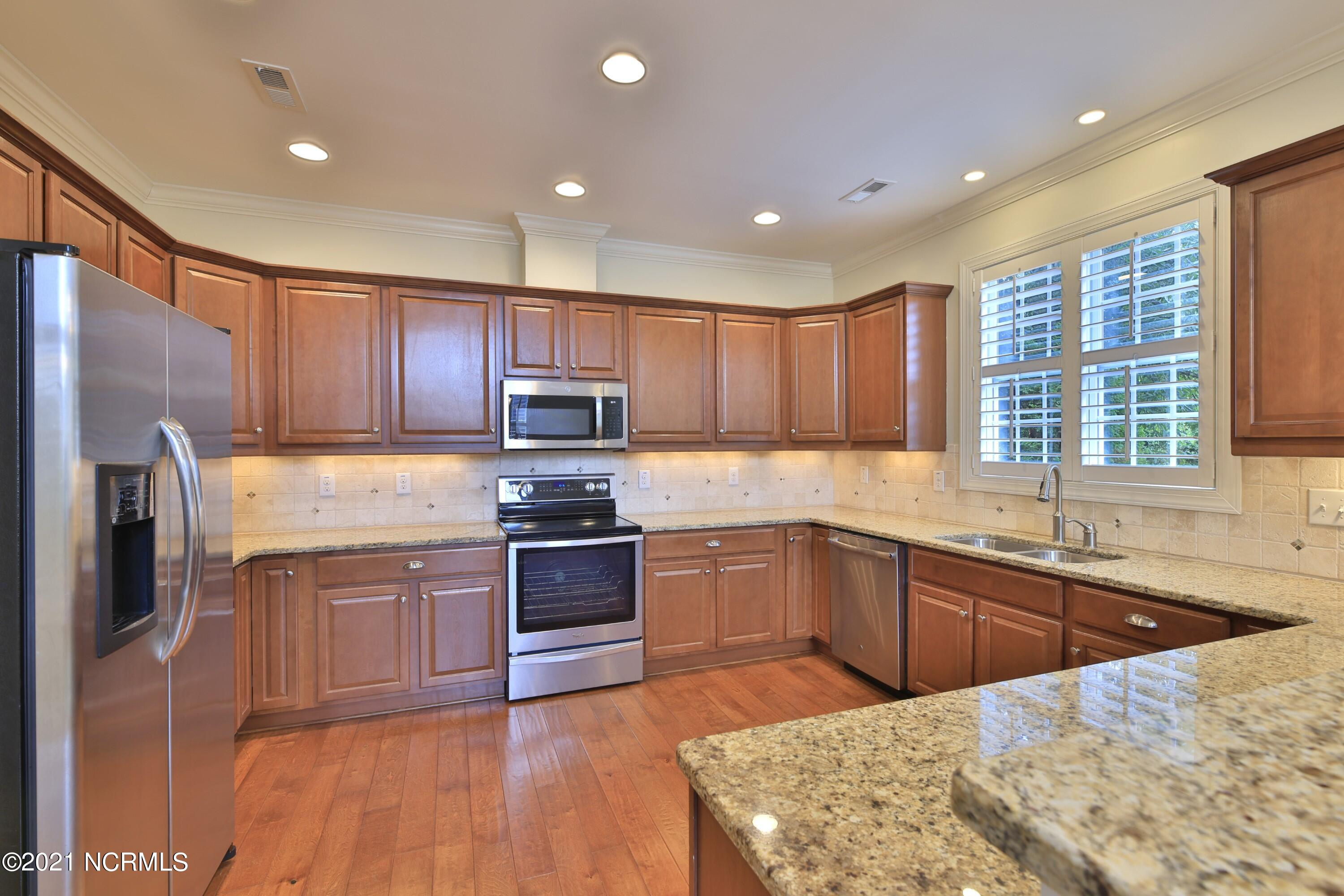184 Candlewick Court, Wallace, North Carolina 28466, 3 Bedrooms Bedrooms, 7 Rooms Rooms,3 BathroomsBathrooms,Single family residence,For sale,Candlewick,100284399