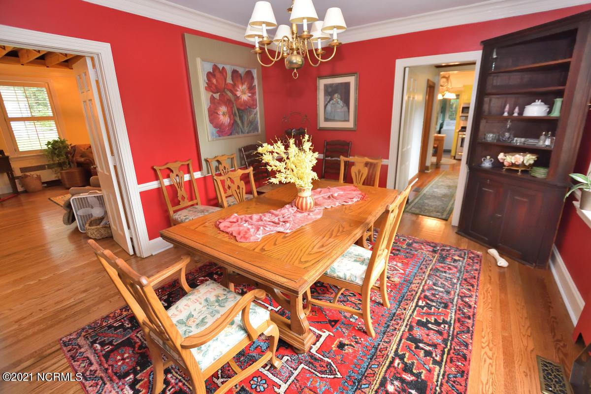 1620 Lafayette Circle, Rocky Mount, North Carolina 27803, 4 Bedrooms Bedrooms, 9 Rooms Rooms,2 BathroomsBathrooms,Single family residence,For sale,Lafayette,100284465