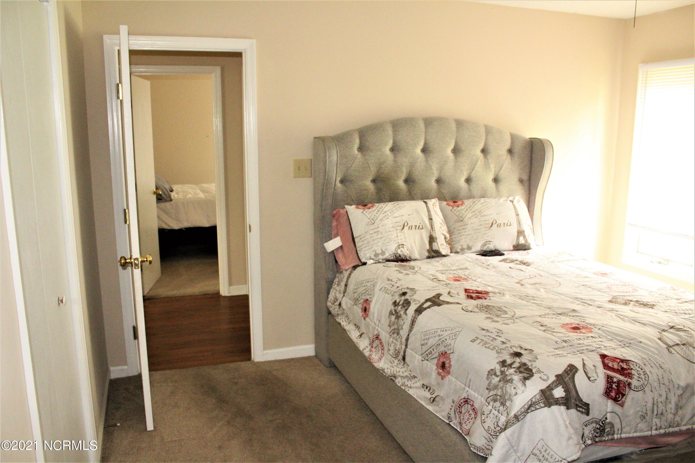 6207 Gondolier Drive, New Bern, North Carolina 28560, 3 Bedrooms Bedrooms, 7 Rooms Rooms,2 BathroomsBathrooms,Single family residence,For sale,Gondolier,100284592