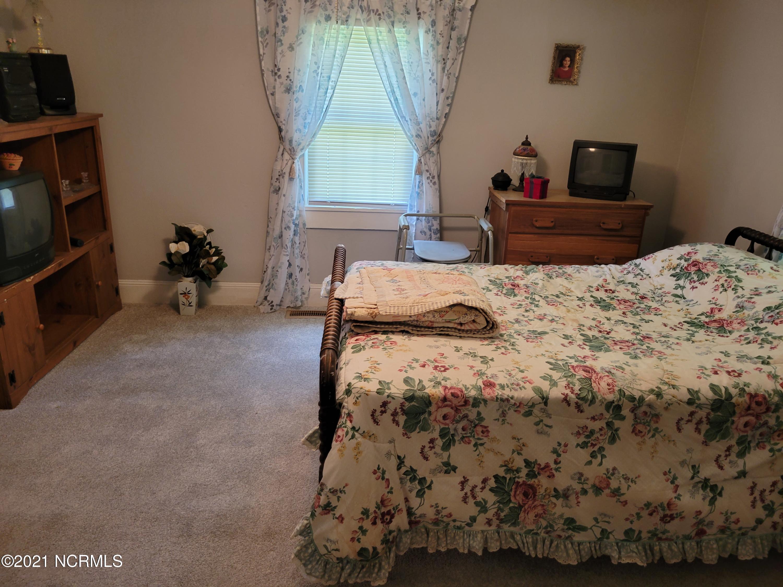898 Betsy Elbow Road, Washington, North Carolina 27889, 3 Bedrooms Bedrooms, 6 Rooms Rooms,1 BathroomBathrooms,Single family residence,For sale,Betsy Elbow,100284498