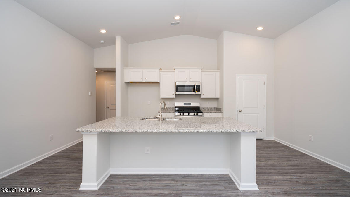 2945 Hatchers Run, Leland, North Carolina 28451, 3 Bedrooms Bedrooms, 5 Rooms Rooms,2 BathroomsBathrooms,Townhouse,For sale,Hatchers Run,100284693