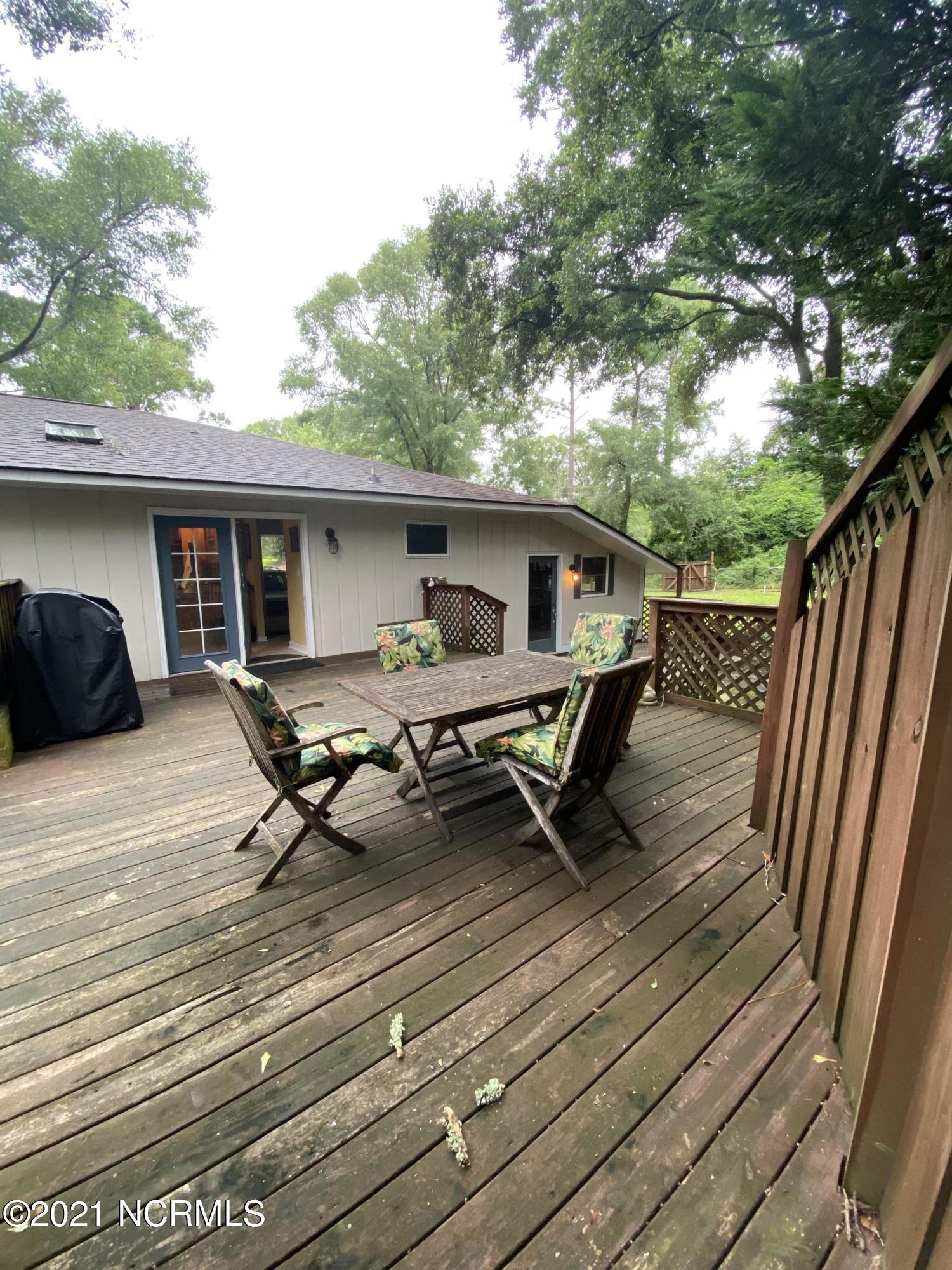 1418 Robin Hood Road, Wilmington, North Carolina 28401, 3 Bedrooms Bedrooms, 8 Rooms Rooms,2 BathroomsBathrooms,Single family residence,For sale,Robin Hood,100284726
