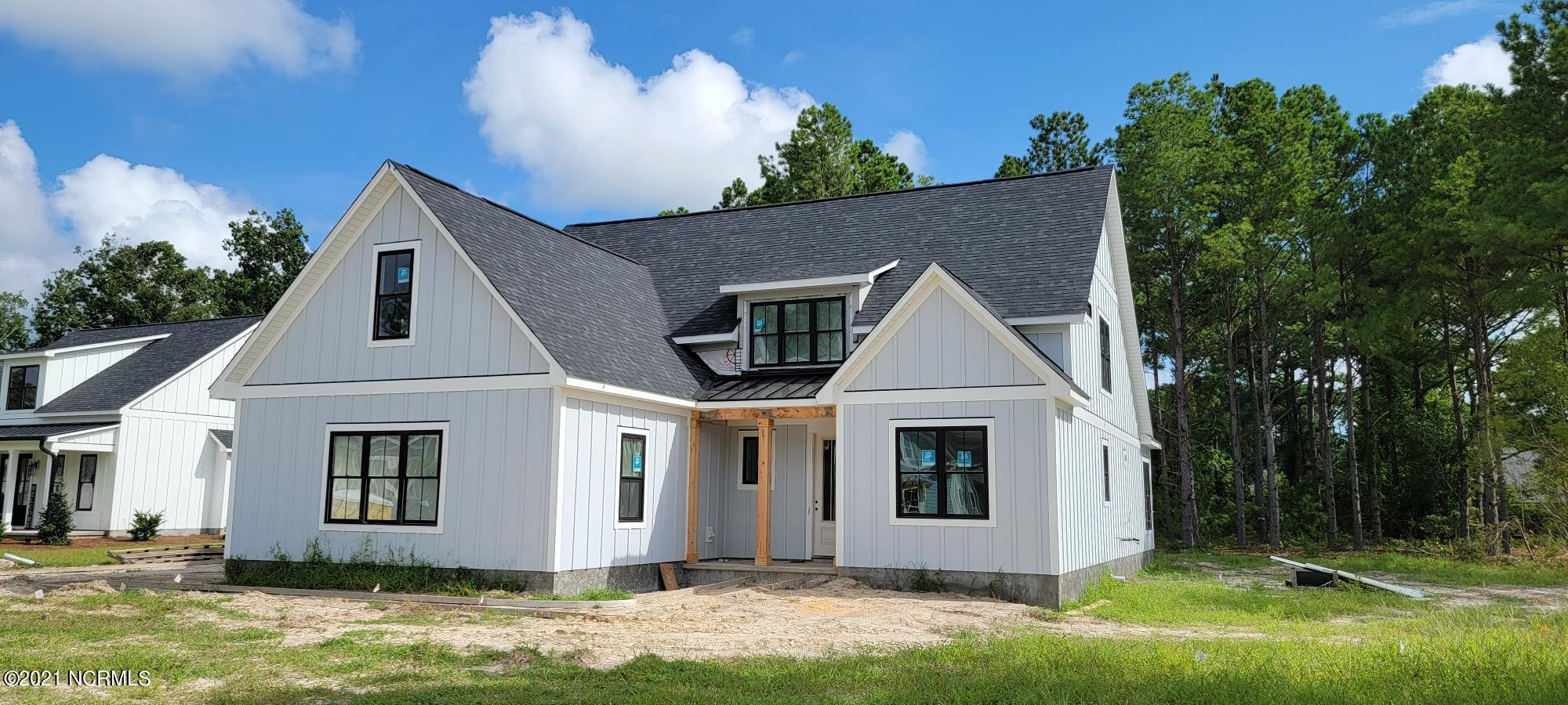 101 Berkshire Lane, Hampstead, North Carolina 28443, 4 Bedrooms Bedrooms, 11 Rooms Rooms,4 BathroomsBathrooms,Single family residence,For sale,Berkshire,100248146