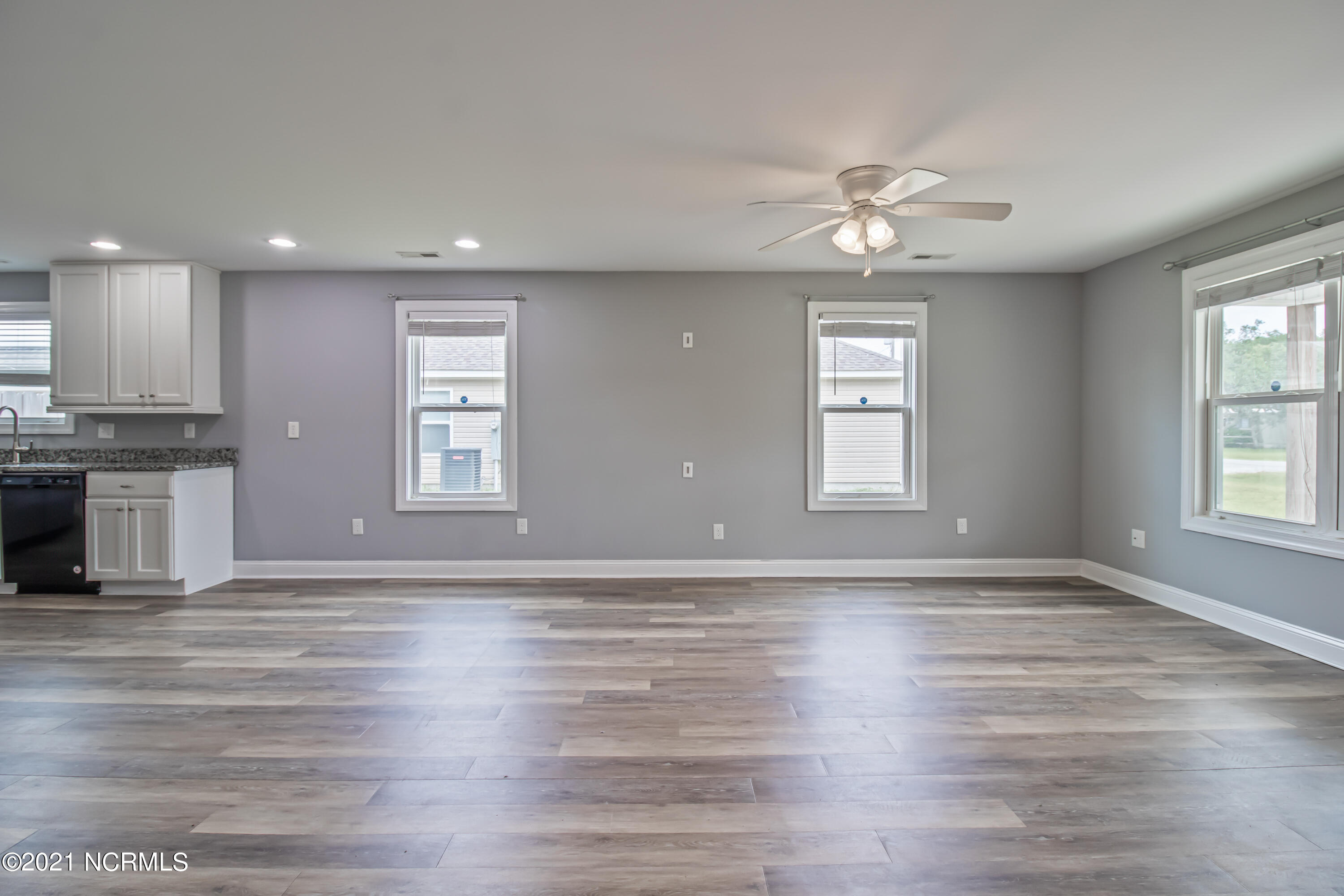 4552 Sea Pines Drive, Southport, North Carolina 28461, 3 Bedrooms Bedrooms, 5 Rooms Rooms,2 BathroomsBathrooms,Single family residence,For sale,Sea Pines,100284590