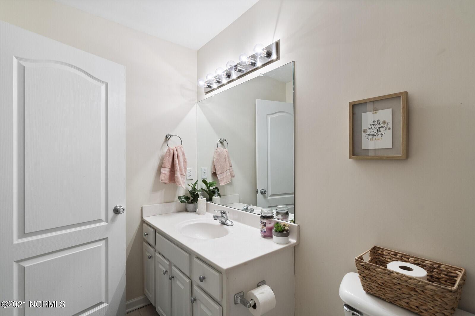 510 Triton Lane, Surf City, North Carolina 28445, 3 Bedrooms Bedrooms, 6 Rooms Rooms,2 BathroomsBathrooms,Townhouse,For sale,Triton,100283925