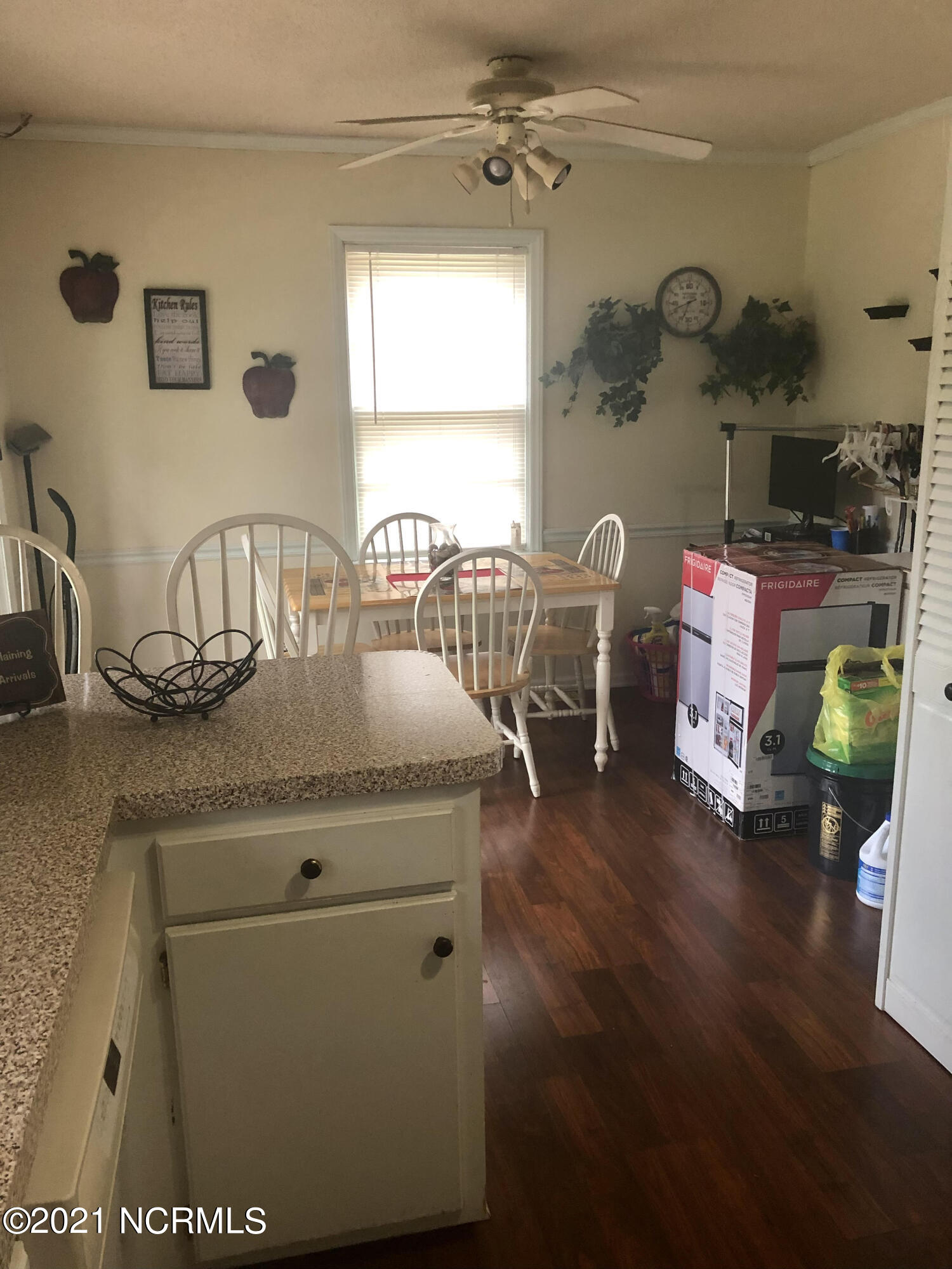 611 Benson Drive, Tarboro, North Carolina 27886, 3 Bedrooms Bedrooms, 5 Rooms Rooms,2 BathroomsBathrooms,Single family residence,For sale,Benson,100285482