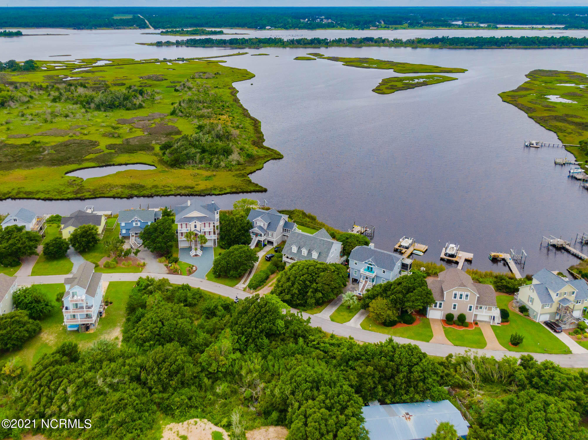 124 Old Village Lane, North Topsail Beach, North Carolina 28460, ,Residential land,For sale,Old Village,100286028