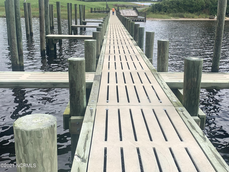 Solid Dock