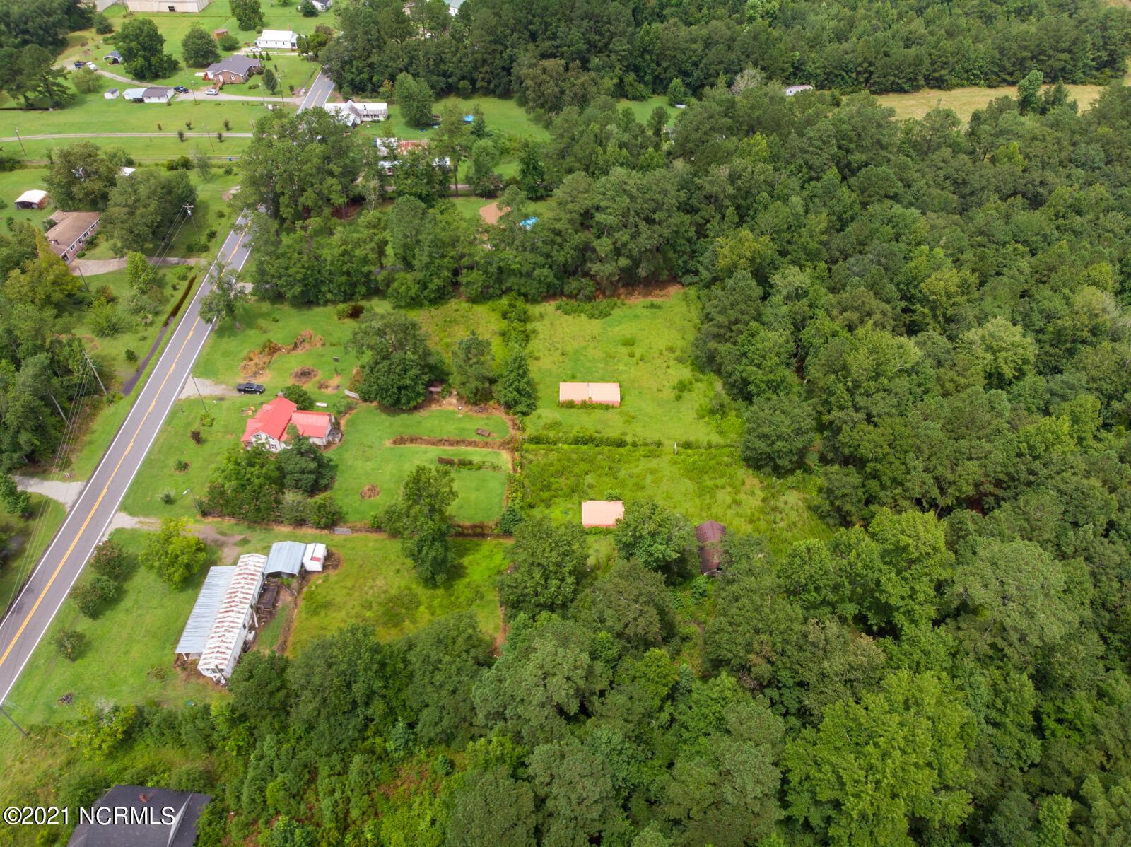 1692 Nc-306 Highway, Grantsboro, North Carolina 28529, 3 Bedrooms Bedrooms, 5 Rooms Rooms,1 BathroomBathrooms,Single family residence,For sale,Nc-306,100285100