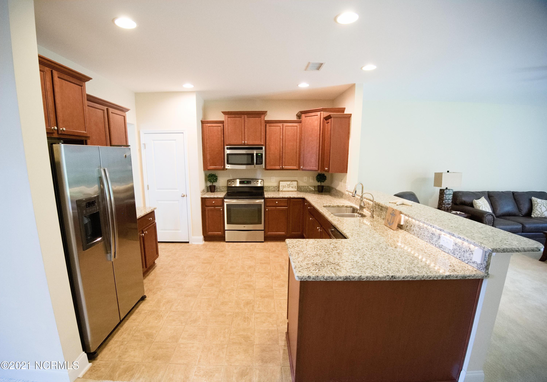 214 Cable Lake Circle, Carolina Shores, North Carolina 28467, 5 Bedrooms Bedrooms, 10 Rooms Rooms,3 BathroomsBathrooms,Single family residence,For sale,Cable Lake,100285875