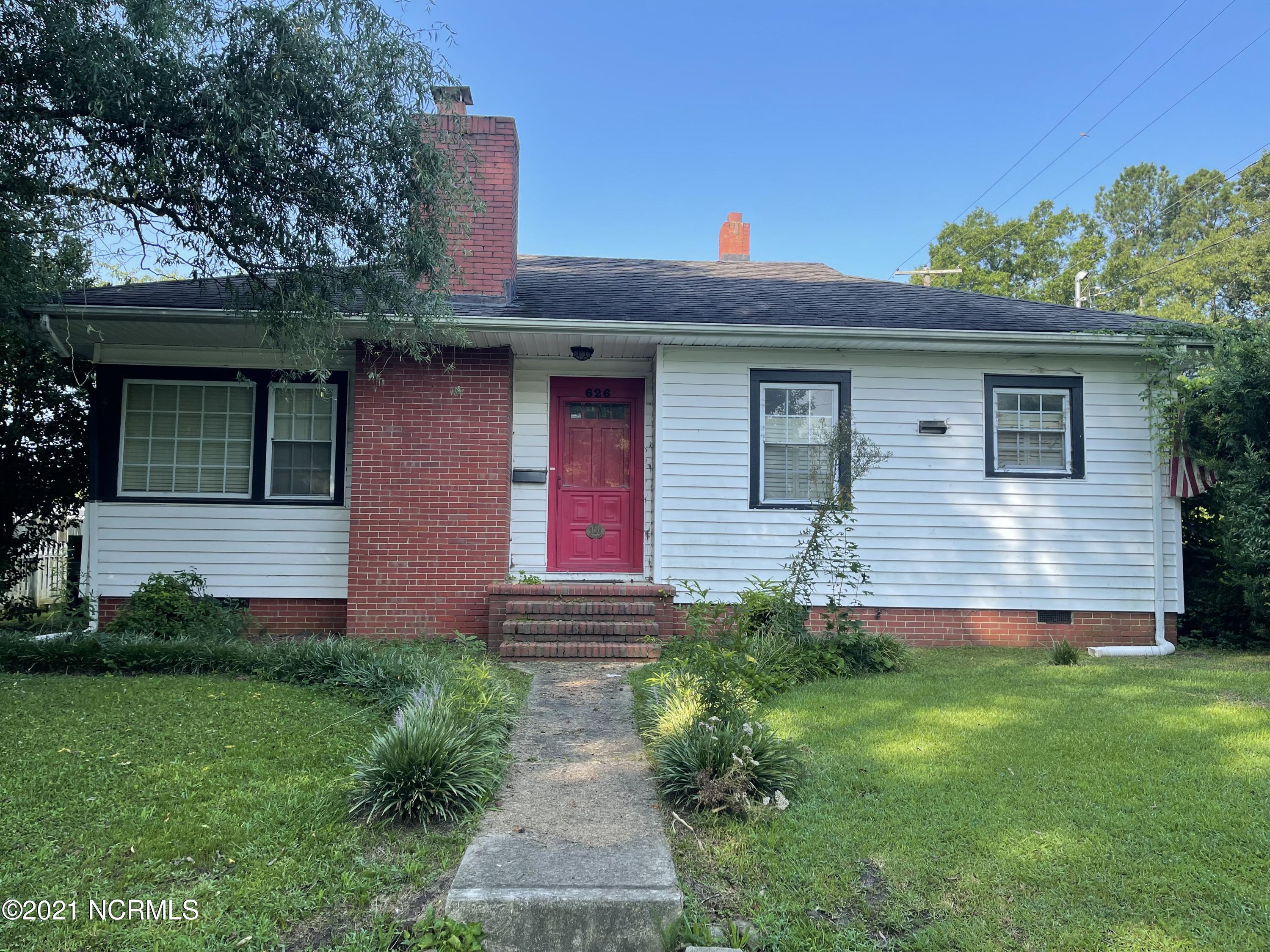 626 Mill Street, Rocky Mount, North Carolina 27804, 2 Bedrooms Bedrooms, 5 Rooms Rooms,2 BathroomsBathrooms,Single family residence,For sale,Mill,100285266