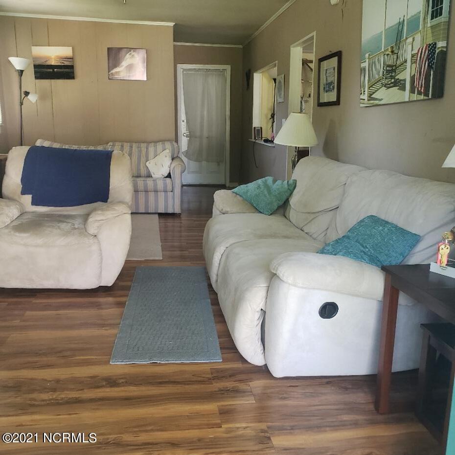 205 76th Street, Oak Island, North Carolina 28465, 2 Bedrooms Bedrooms, 5 Rooms Rooms,2 BathroomsBathrooms,Manufactured home,For sale,76th,100285293