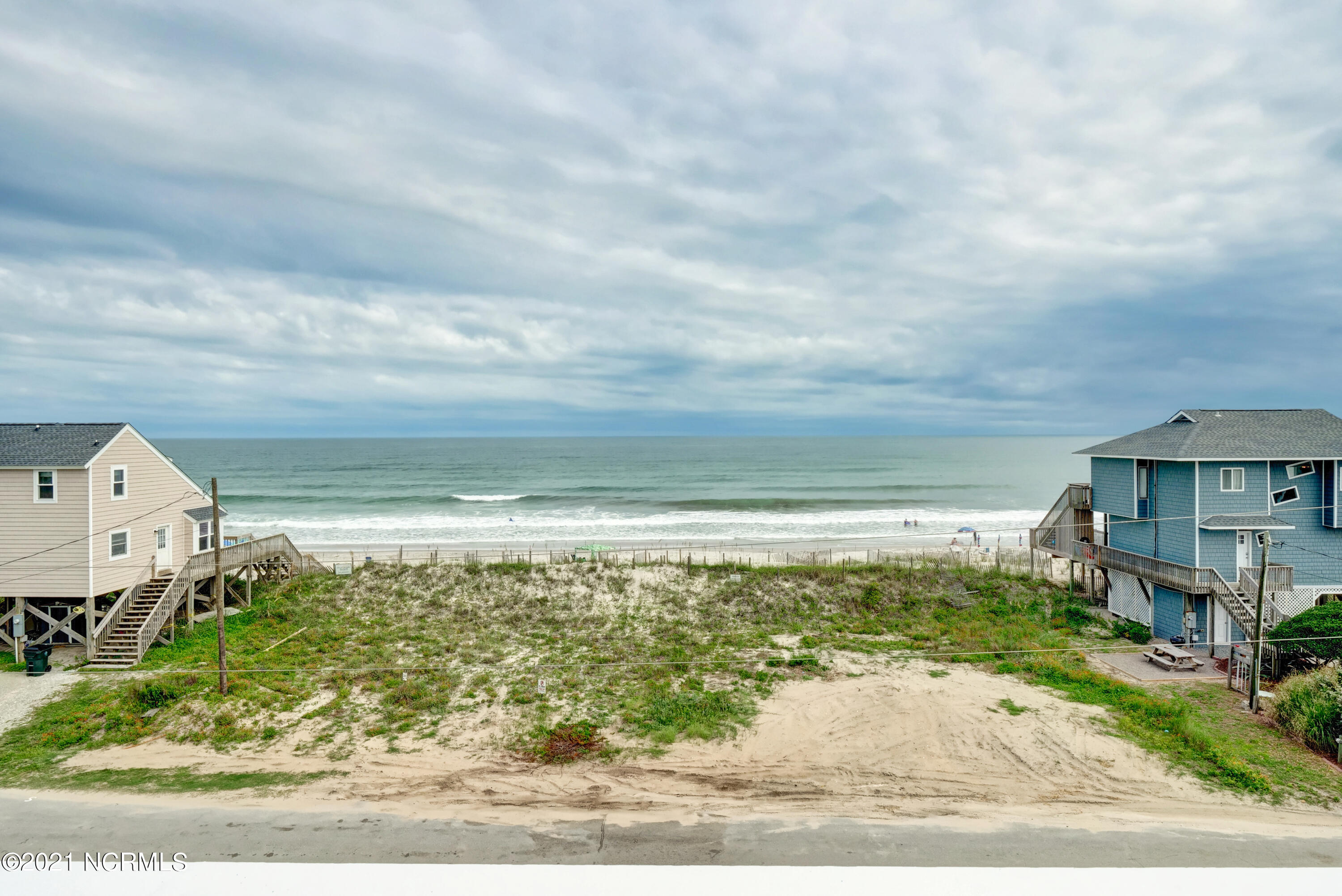 189 Topsail Road, North Topsail Beach, North Carolina 28460, 6 Bedrooms Bedrooms, 10 Rooms Rooms,4 BathroomsBathrooms,Single family residence,For sale,Topsail,100285390