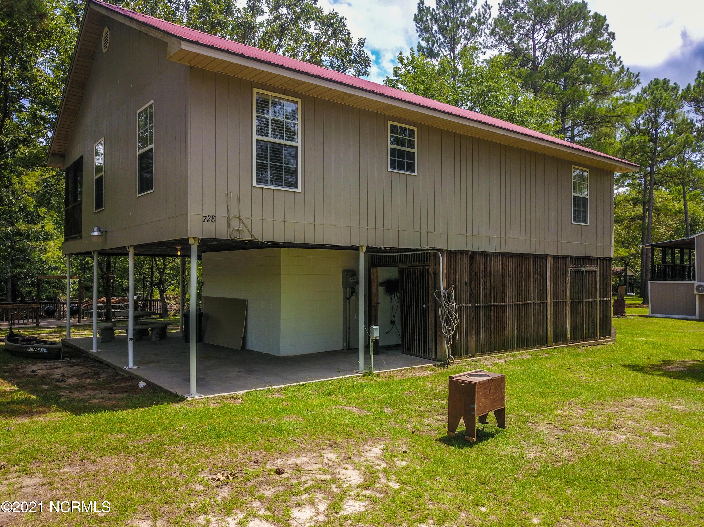 728 Albert Beattys Lane, Harrells, North Carolina 28444, 2 Bedrooms Bedrooms, 4 Rooms Rooms,1 BathroomBathrooms,Single family residence,For sale,Albert Beattys,100285632