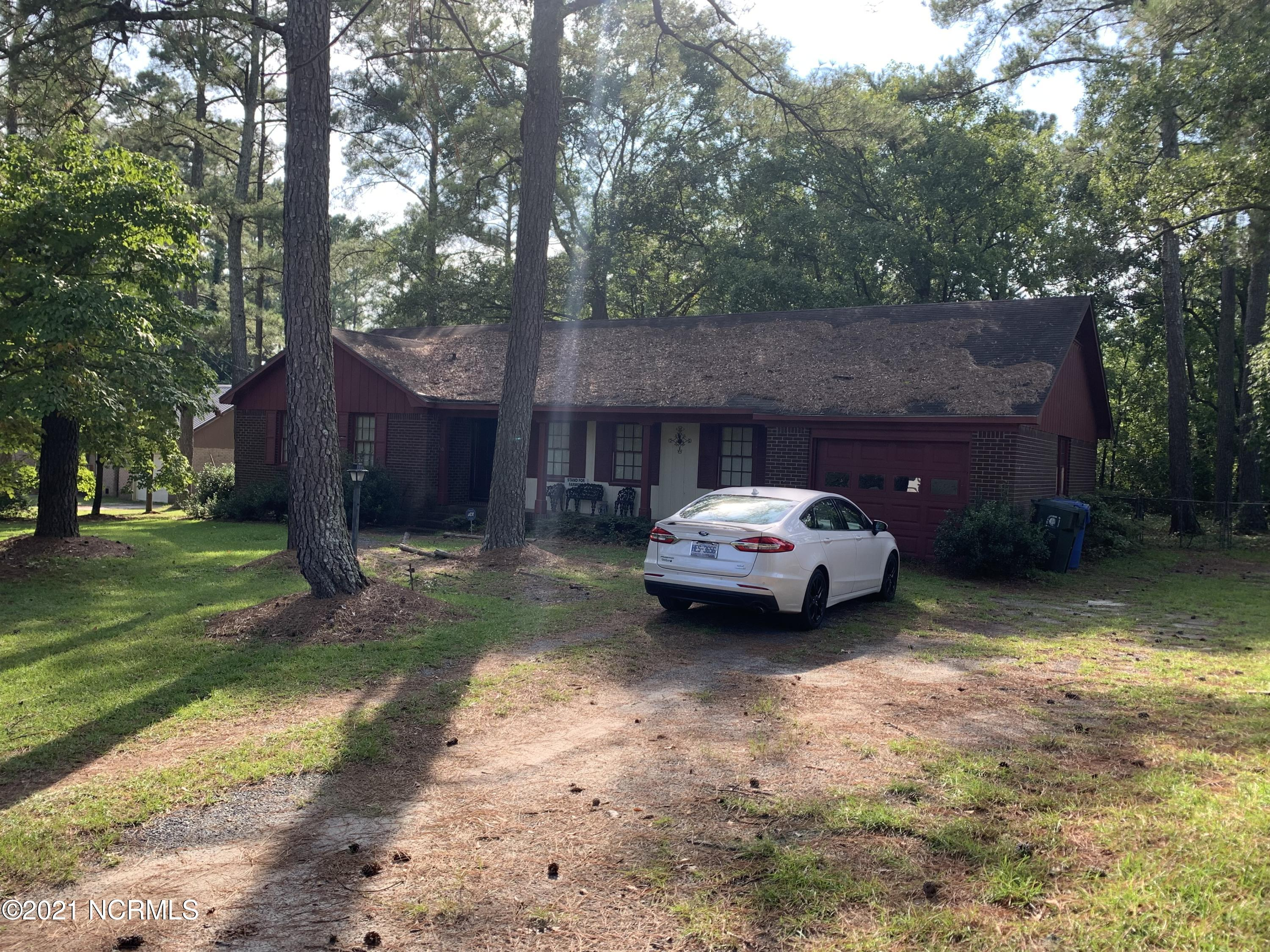 12900 Blue Woods Road, Laurinburg, North Carolina 28352, 3 Bedrooms Bedrooms, 6 Rooms Rooms,2 BathroomsBathrooms,Single family residence,For sale,Blue Woods,100285384