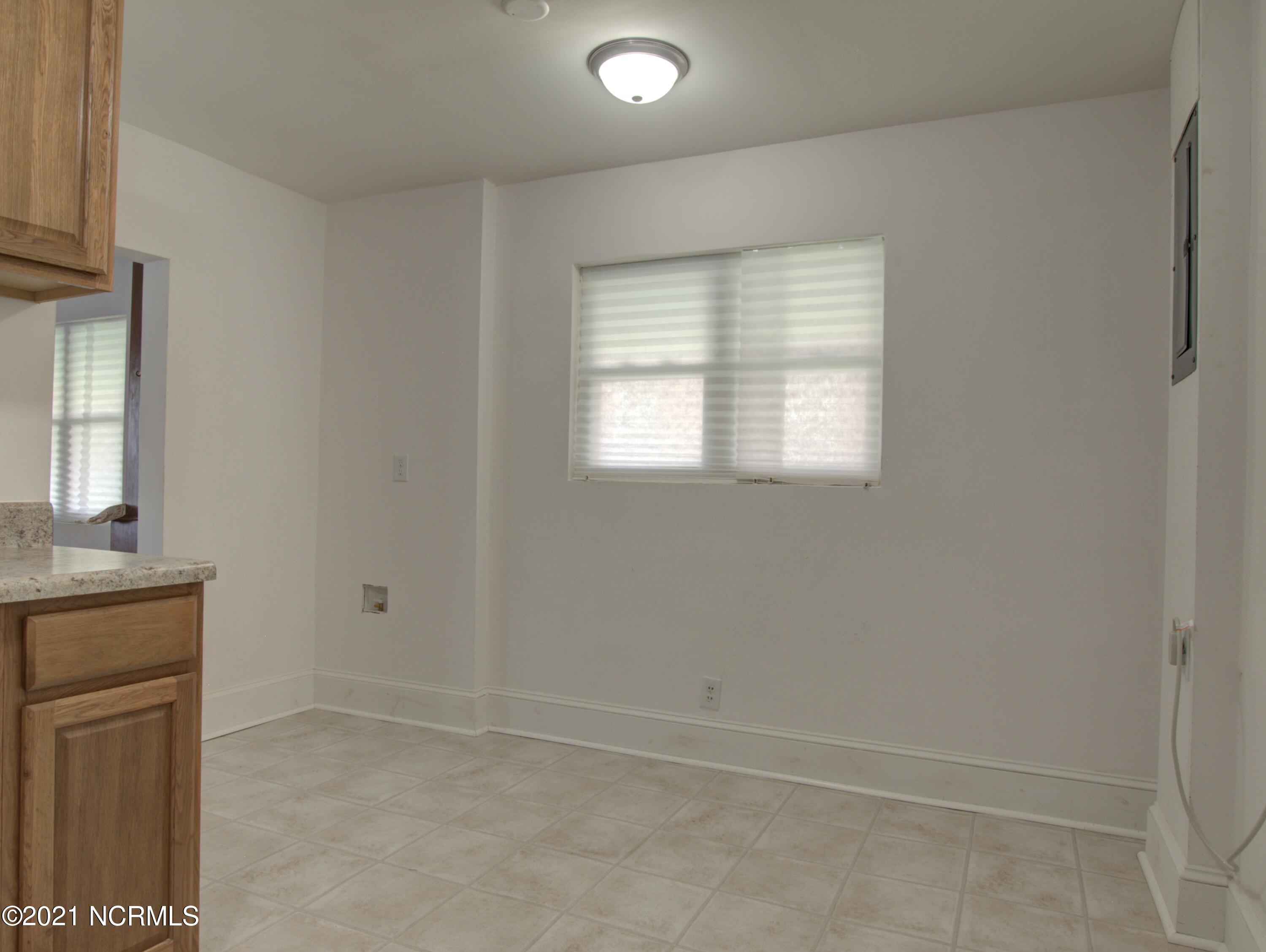 1028 Hill Street, Rocky Mount, North Carolina 27801, 2 Bedrooms Bedrooms, 4 Rooms Rooms,1 BathroomBathrooms,Single family residence,For sale,Hill,100285463