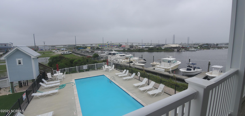 111 New River Drive, Surf City, North Carolina 28445, ,Dockaminium,For sale,New River,100285625