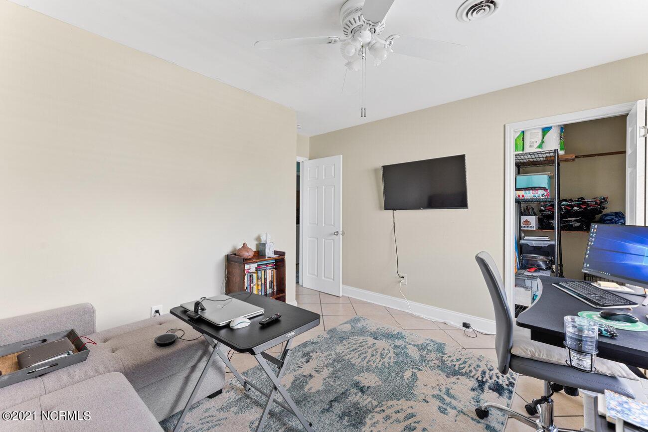 106 Greenville Avenue, Carolina Beach, North Carolina 28428, ,Duplex,For sale,Greenville,100285658