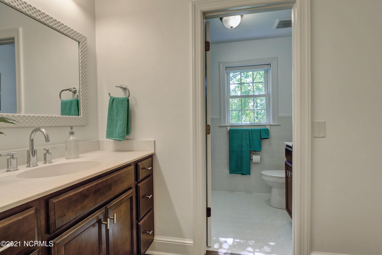2217 Live Oak Parkway, Wilmington, North Carolina 28403, 4 Bedrooms Bedrooms, 10 Rooms Rooms,2 BathroomsBathrooms,Single family residence,For sale,Live Oak,100285769