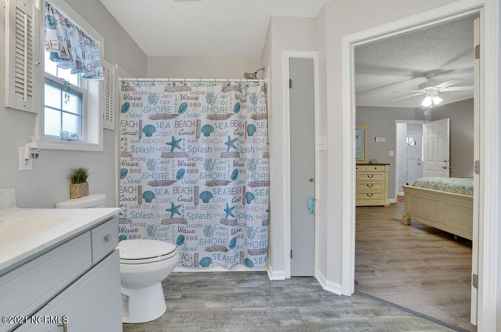 506 Fern Creek Lane, Carolina Beach, North Carolina 28428, 3 Bedrooms Bedrooms, 6 Rooms Rooms,2 BathroomsBathrooms,Single family residence,For sale,Fern Creek,100285683