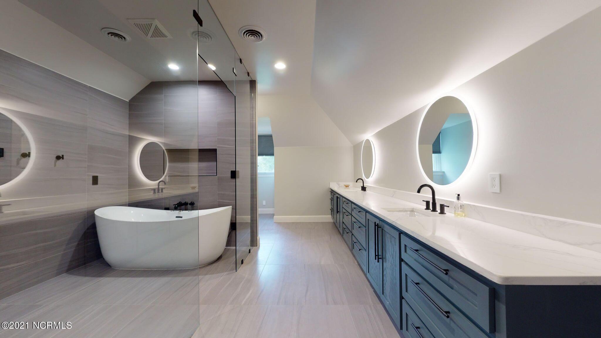 954 White Horse Drive, Greenville, North Carolina 27834, 4 Bedrooms Bedrooms, 11 Rooms Rooms,4 BathroomsBathrooms,Single family residence,For sale,White Horse,100285978