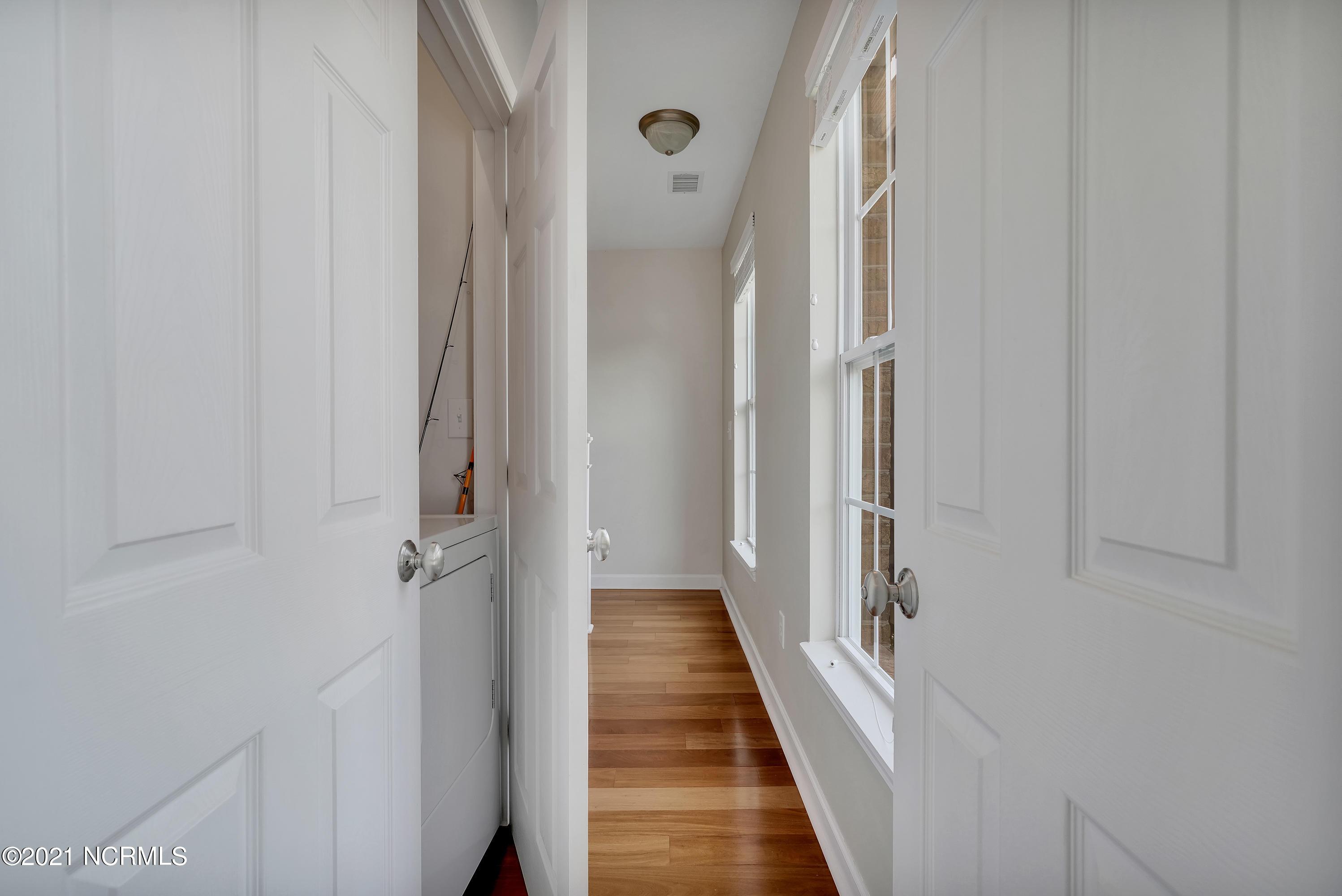 1790 Queen Anne Street, Sunset Beach, North Carolina 28468, 3 Bedrooms Bedrooms, 8 Rooms Rooms,2 BathroomsBathrooms,Townhouse,For sale,Queen Anne,100285137