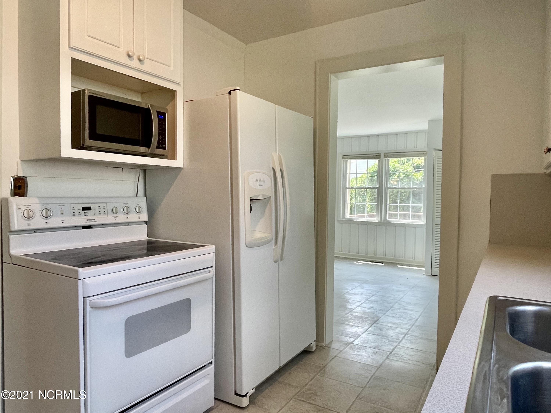 503 Franklin Avenue, New Bern, North Carolina 28562, 2 Bedrooms Bedrooms, 6 Rooms Rooms,2 BathroomsBathrooms,Single family residence,For sale,Franklin,100285951