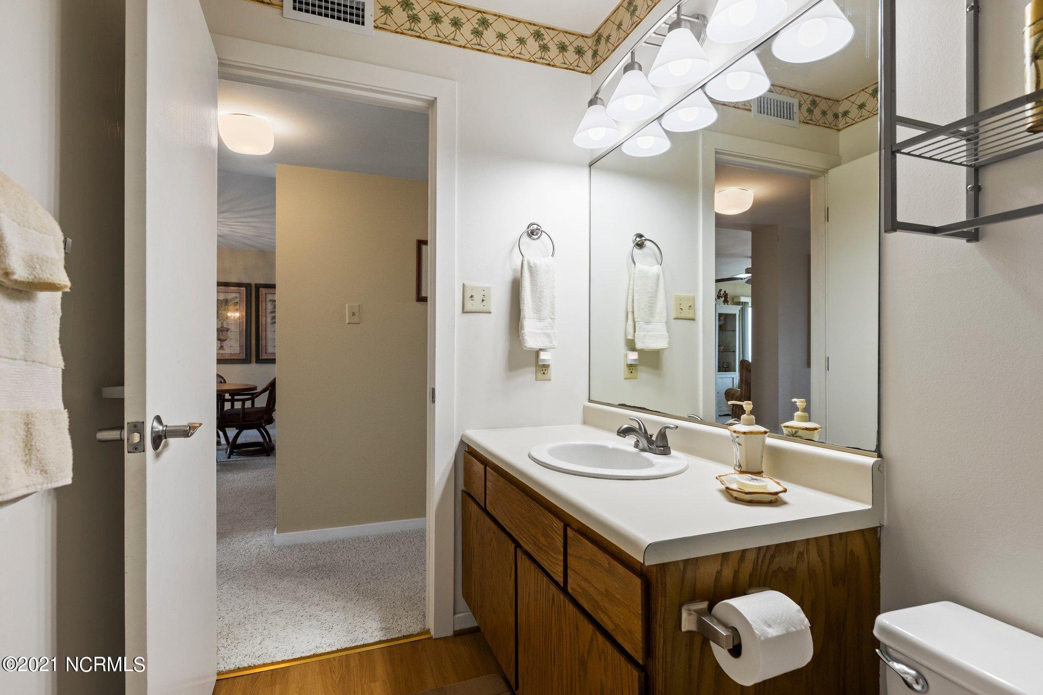525 Salter Path Road, Pine Knoll Shores, North Carolina 28512, 2 Bedrooms Bedrooms, 4 Rooms Rooms,2 BathroomsBathrooms,Condominium,For sale,Salter Path,100285966