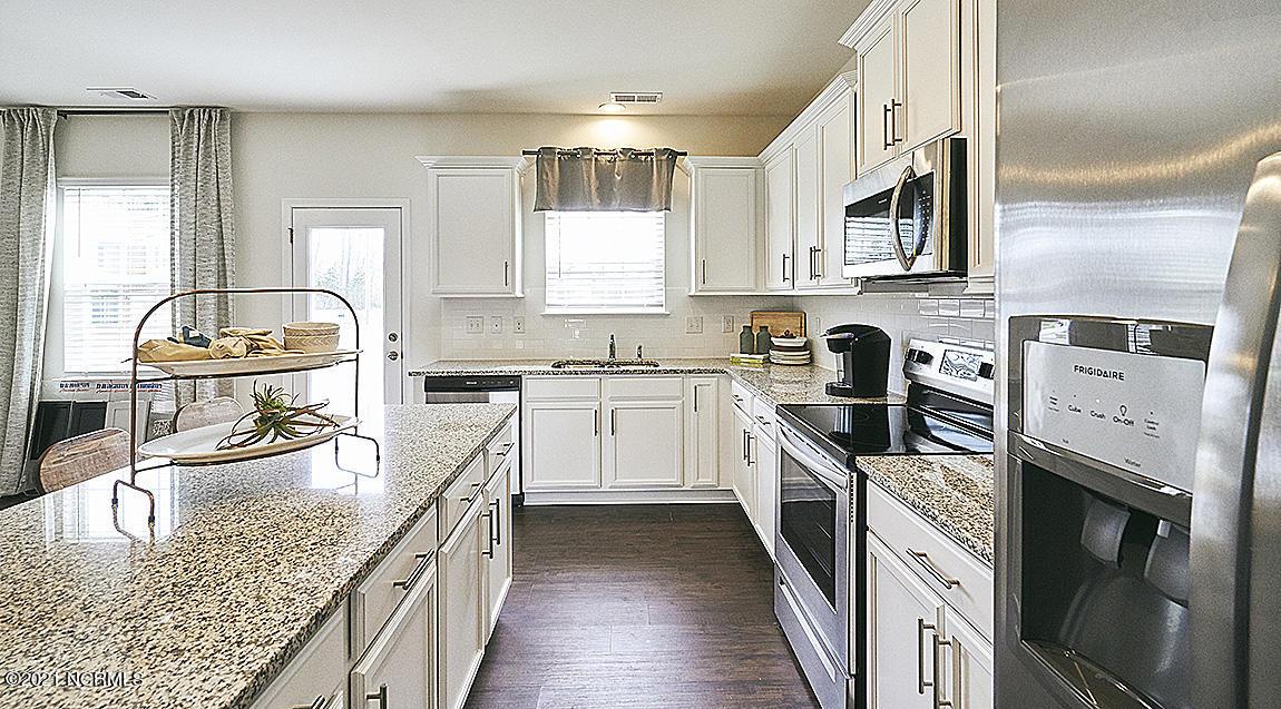 388 Lothian, Rocky Mount, North Carolina 27804, 4 Bedrooms Bedrooms, 8 Rooms Rooms,3 BathroomsBathrooms,Single family residence,For sale,Lothian,100285959