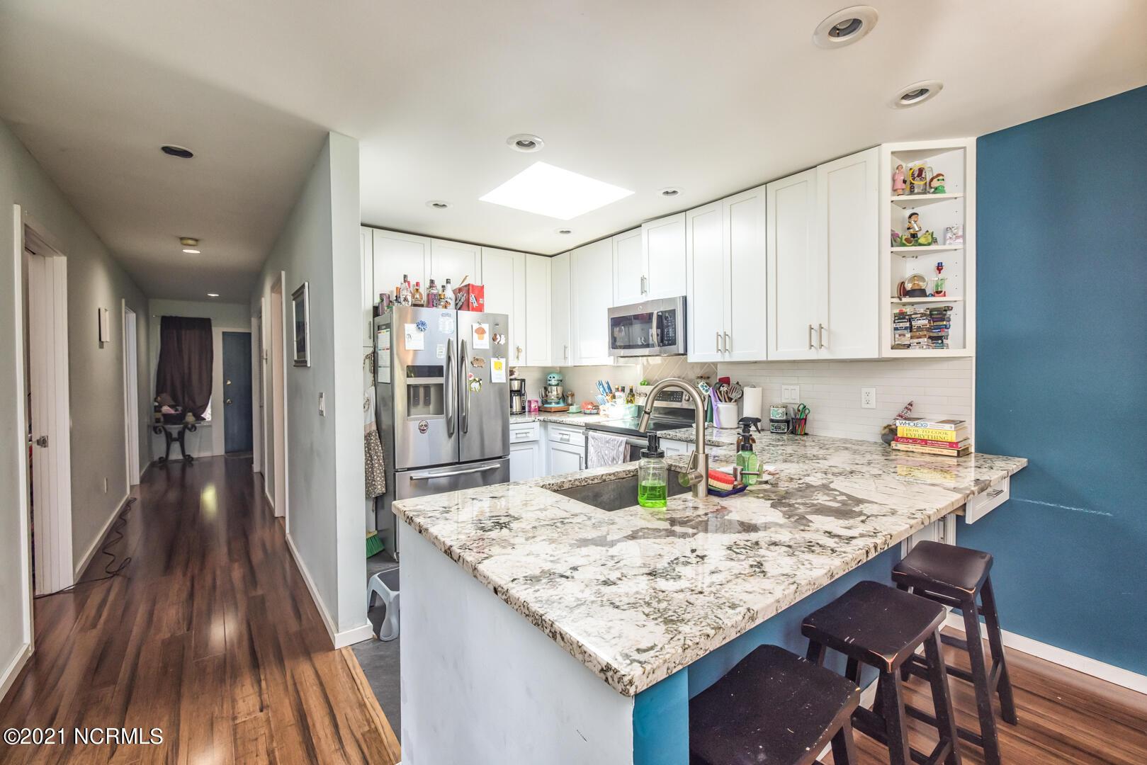 125 Belvedere Drive, Hampstead, North Carolina 28443, 3 Bedrooms Bedrooms, 6 Rooms Rooms,2 BathroomsBathrooms,Townhouse,For sale,Belvedere,100286015