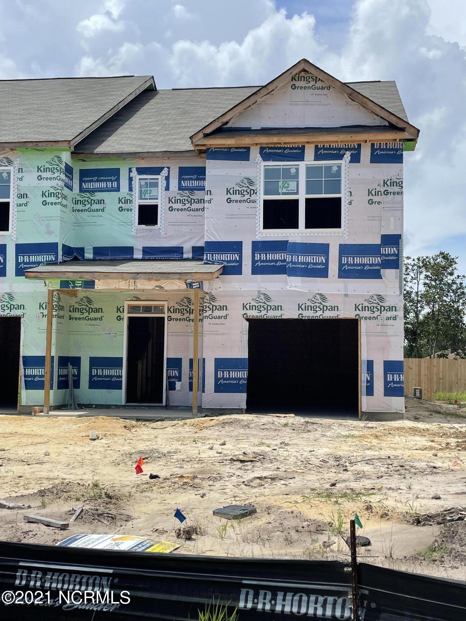 1643 Killdeer Lane, Wilmington, North Carolina 28411, 3 Bedrooms Bedrooms, 7 Rooms Rooms,2 BathroomsBathrooms,Townhouse,For sale,Killdeer,100282288
