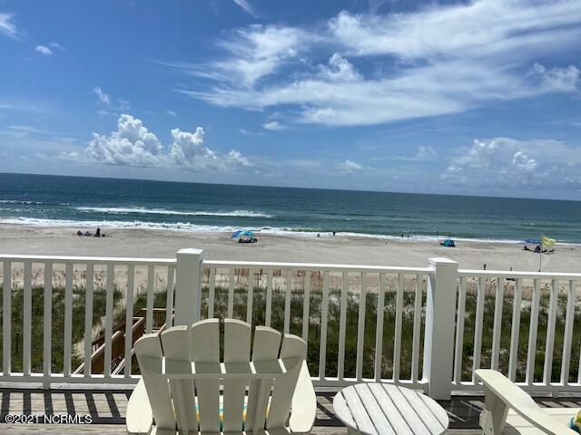 8517 Ocean View Drive, Emerald Isle, North Carolina 28594, 4 Bedrooms Bedrooms, 6 Rooms Rooms,3 BathroomsBathrooms,Condominium,For sale,Ocean View,100286253