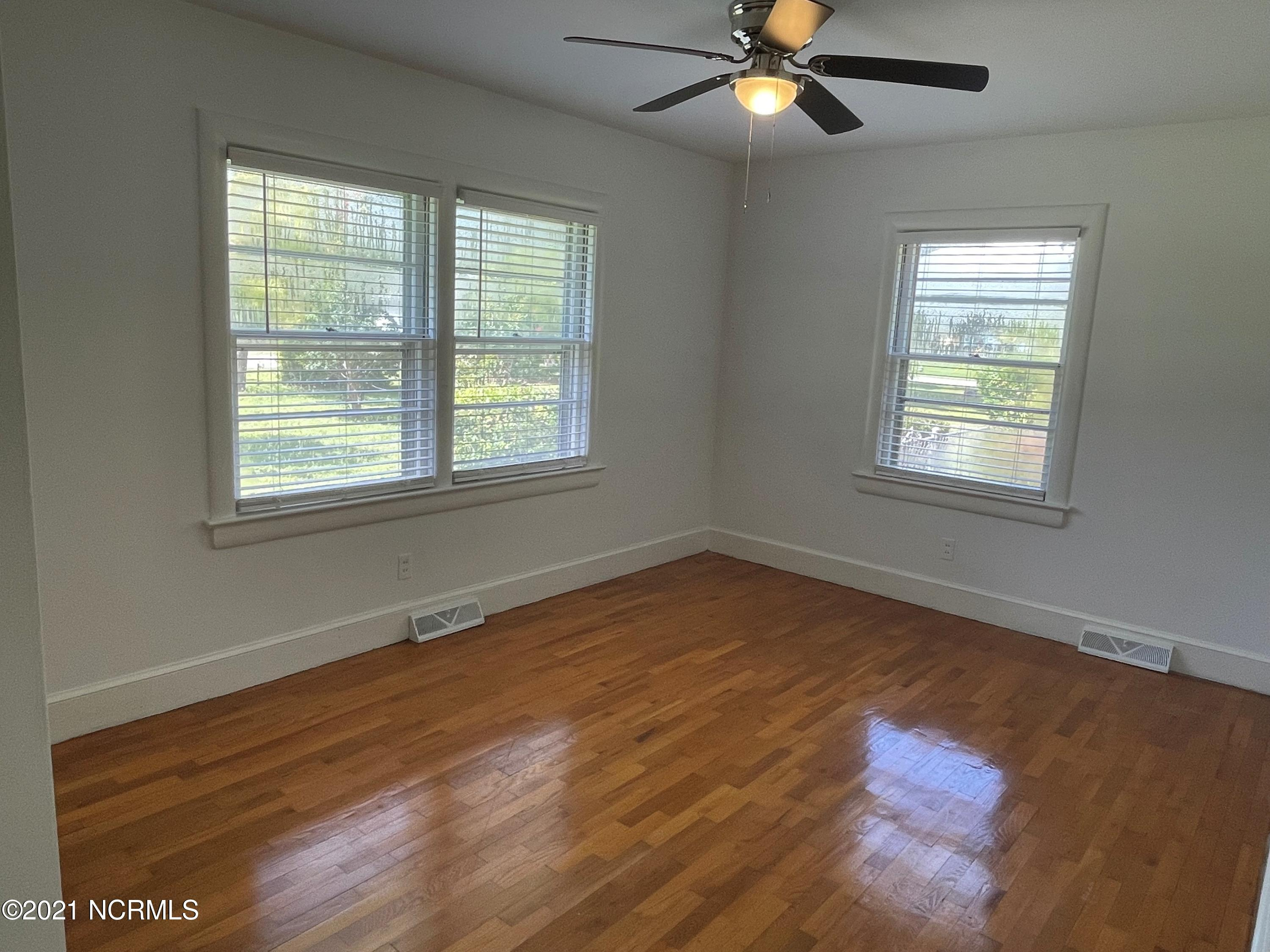 5057 Wrightsville Avenue, Wilmington, North Carolina 28403, 3 Bedrooms Bedrooms, 6 Rooms Rooms,1 BathroomBathrooms,Single family residence,For sale,Wrightsville,100282485