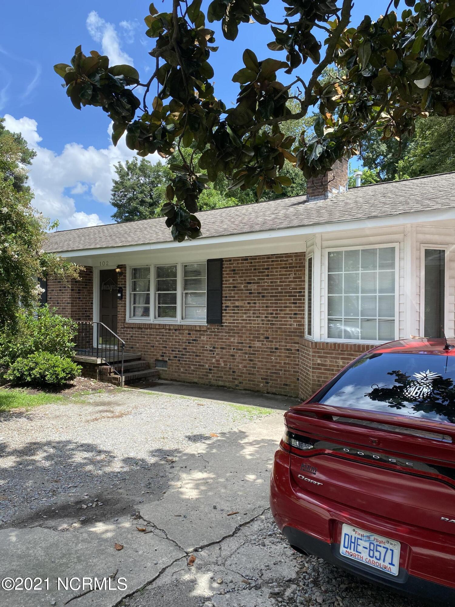 102 Meade Street, Greenville, North Carolina 27858, 4 Bedrooms Bedrooms, 6 Rooms Rooms,2 BathroomsBathrooms,Single family residence,For sale,Meade,100286303