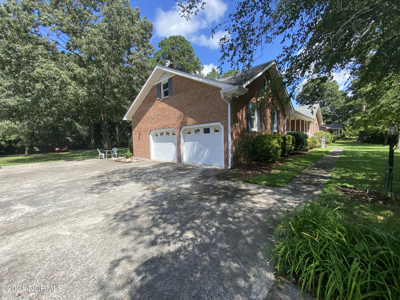 5146 Woodside Drive, Grifton, North Carolina 28530, 3 Bedrooms Bedrooms, 9 Rooms Rooms,2 BathroomsBathrooms,Single family residence,For sale,Woodside,100286387