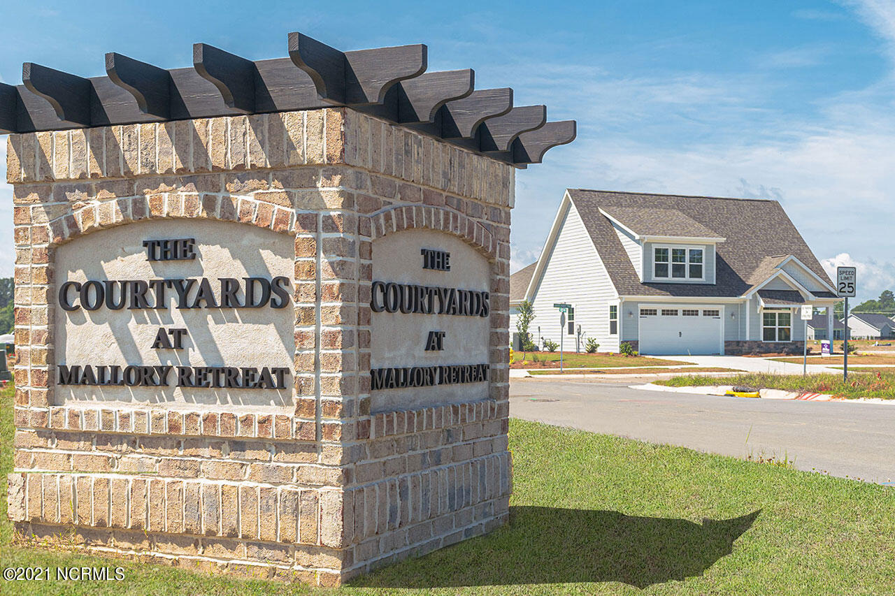 7321 Oakland Country Court, Leland, North Carolina 28479, 2 Bedrooms Bedrooms, 6 Rooms Rooms,2 BathroomsBathrooms,Single family residence,For sale,Oakland Country,100286428