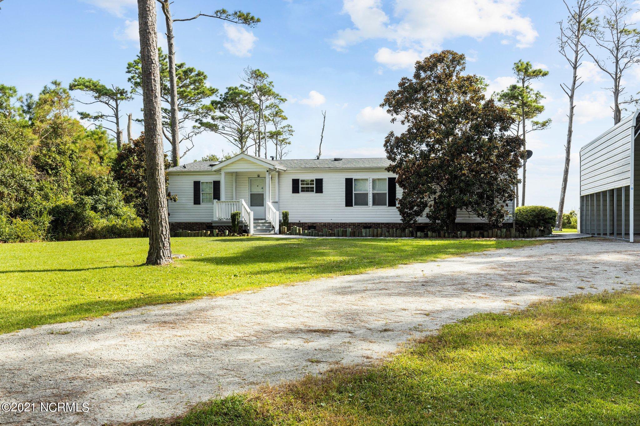 420 Seashore Drive, Atlantic, North Carolina 28511, 3 Bedrooms Bedrooms, 8 Rooms Rooms,2 BathroomsBathrooms,Manufactured home,For sale,Seashore,100286480