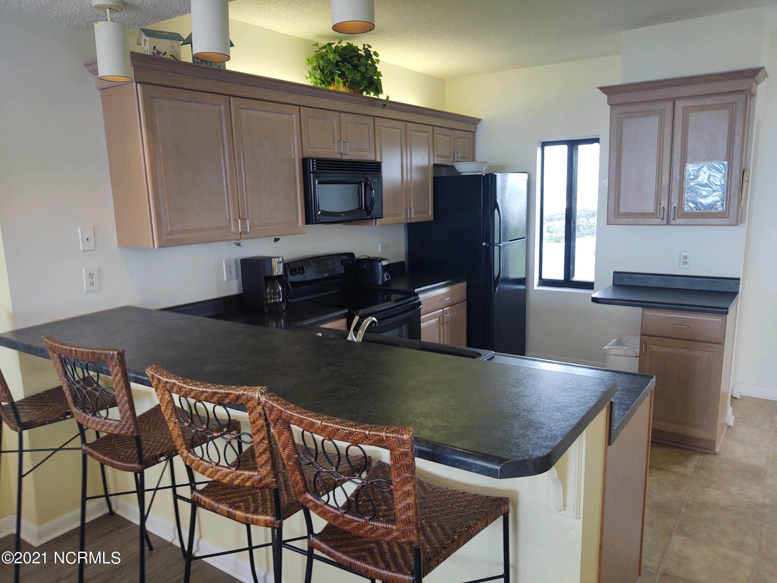 801 Salter Path Road, Indian Beach, North Carolina 28512, 2 Bedrooms Bedrooms, 3 Rooms Rooms,2 BathroomsBathrooms,Condominium,For sale,Salter Path,100286450