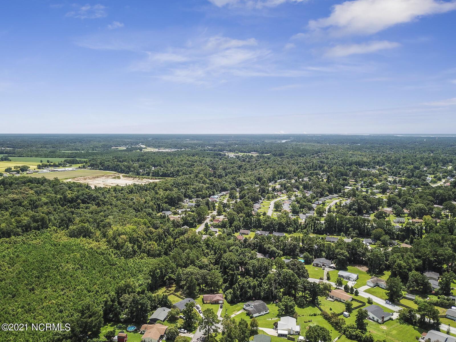 8009 Tall Oak Court, Jacksonville, North Carolina 28546, ,Residential land,For sale,Tall Oak,100286376