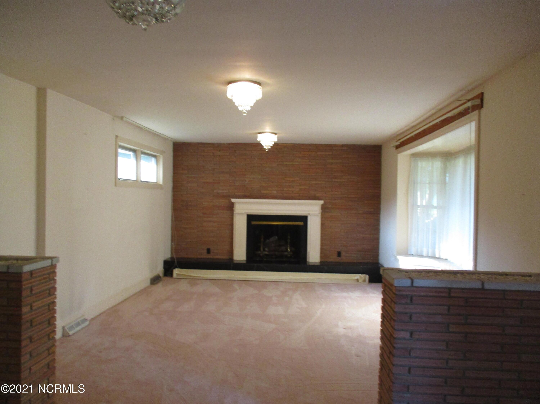 510 Liberty Hill Road, Kinston, North Carolina 28501, 3 Bedrooms Bedrooms, 6 Rooms Rooms,2 BathroomsBathrooms,Single family residence,For sale,Liberty Hill,100285965