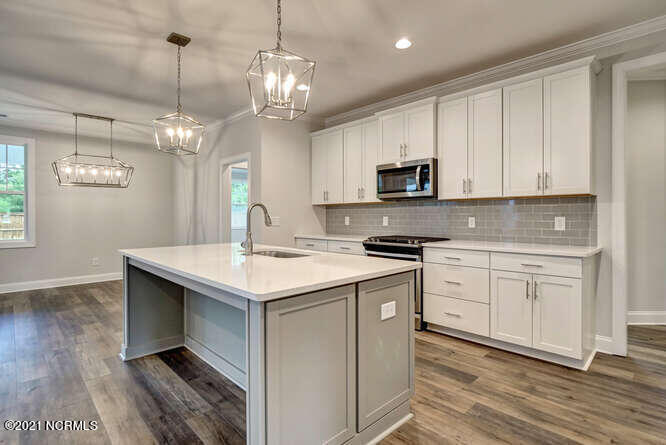3726 Spicetree Drive, Wilmington, North Carolina 28412, 4 Bedrooms Bedrooms, 8 Rooms Rooms,3 BathroomsBathrooms,Single family residence,For sale,Spicetree,100285436