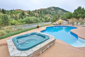 014-3-Pool  Hot Tub