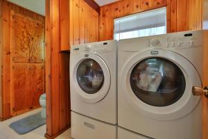 21-7-Laundry-1500x1000-72dpi