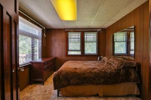 29-11-Bedroom 1-1500x1000-72dpi