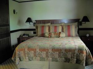 Hotel Suite Pic 3