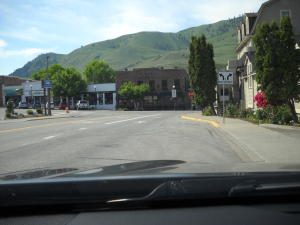 Woodin Ave