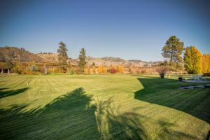 Estate Lawn