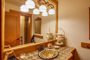 37 Bathroom