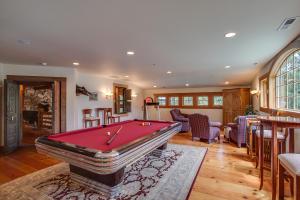 45 Billard Room