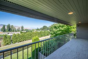 Deck with views